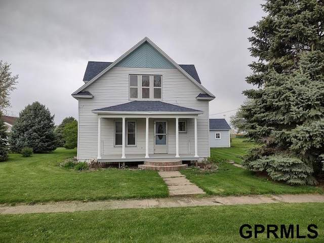 311 N Main Street, Mondamin, IA 51557 (MLS #22110213) :: The Briley Team