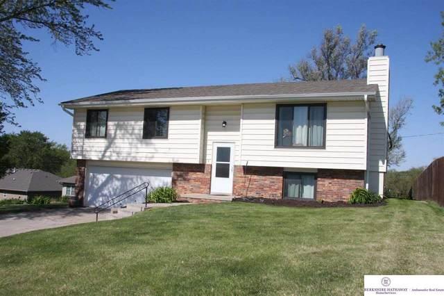 2612 N 137 Street, Omaha, NE 68164 (MLS #22110236) :: Cindy Andrew Group