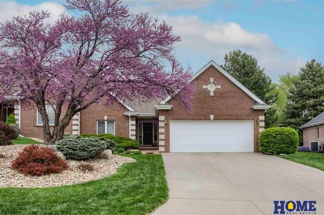 2612 Lone Tree Circle, Lincoln, NE 68512 (MLS #22110278) :: Cindy Andrew Group
