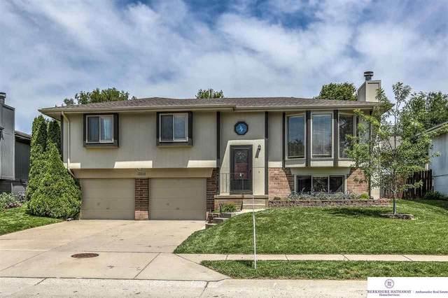 13516 Lillian Street, Omaha, NE 68138 (MLS #22110351) :: kwELITE