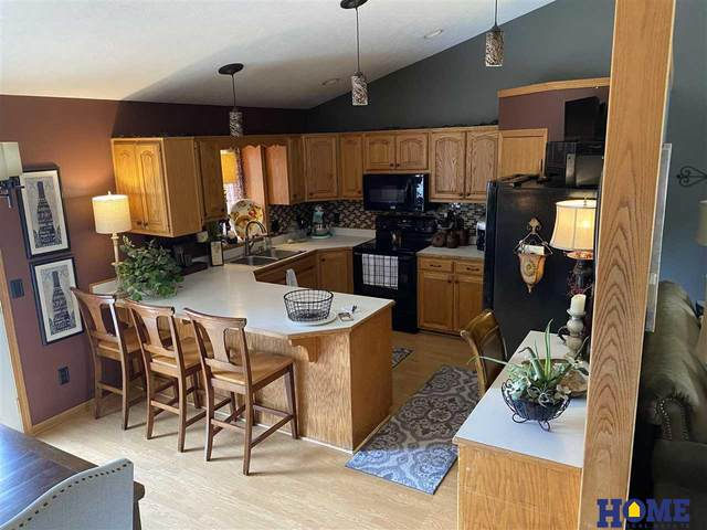 5041 NW 2 Street, Lincoln, NE 68521 (MLS #22110362) :: Lincoln Select Real Estate Group