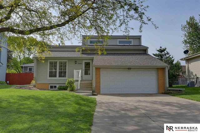 13425 Valley Street, Omaha, NE 68144 (MLS #22110476) :: Cindy Andrew Group
