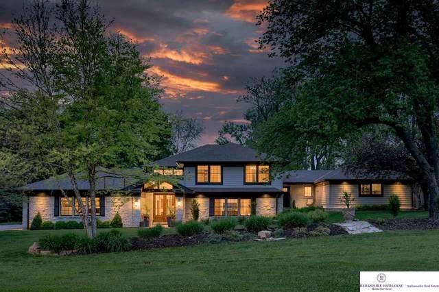 9106 Leavenworth Street, Omaha, NE 68114 (MLS #22110795) :: Omaha Real Estate Group