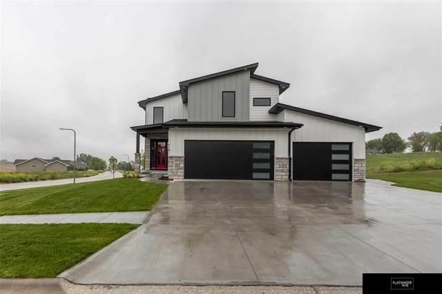 910 Sycamore Drive, Arlington, NE 68022 (MLS #22110805) :: Cindy Andrew Group