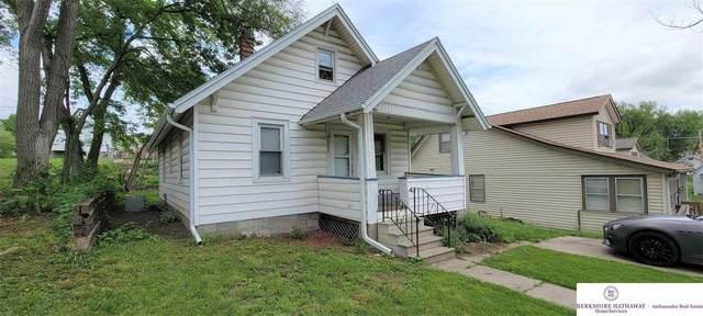 4222 Larimore Avenue, Omaha, NE 68111 (MLS #22111158) :: kwELITE