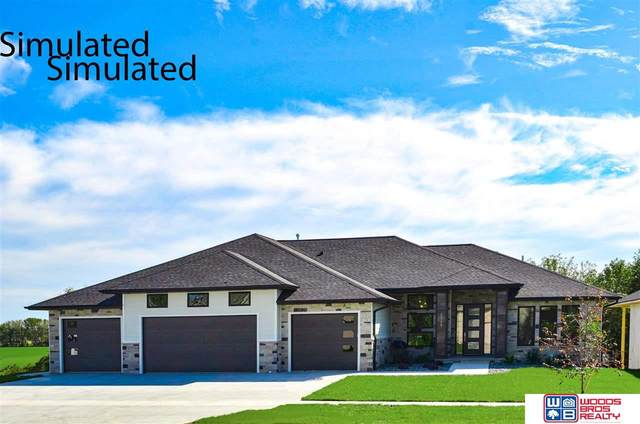 10230 Starlight Bay, Lincoln, NE 68527 (MLS #22111222) :: Dodge County Realty Group