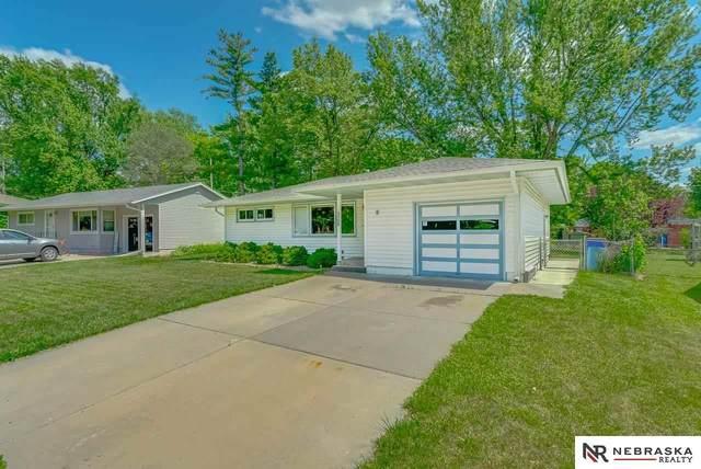 1739 Sunny Hill Road, Lincoln, NE 68502 (MLS #22111316) :: Don Peterson & Associates