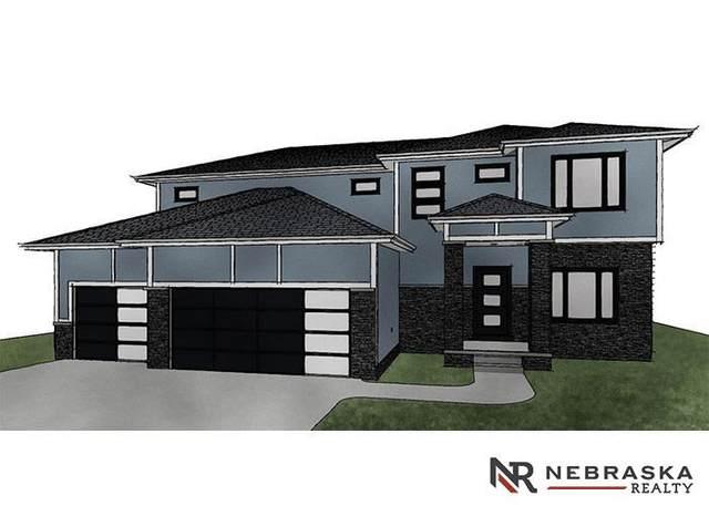 11218 Port Royal Drive, Papillion, NE 68046 (MLS #22111352) :: Berkshire Hathaway Ambassador Real Estate