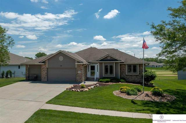 5015 Council Pointe Road, Council Bluffs, NE 51501 (MLS #22111663) :: Cindy Andrew Group