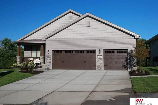 7016 S 184 Street, Omaha, NE 68136 (MLS #22112030) :: Elevation Real Estate Group at NP Dodge