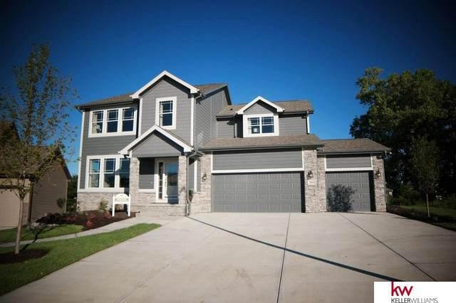 7004 S 184 Street, Omaha, NE 68136 (MLS #22112061) :: Elevation Real Estate Group at NP Dodge