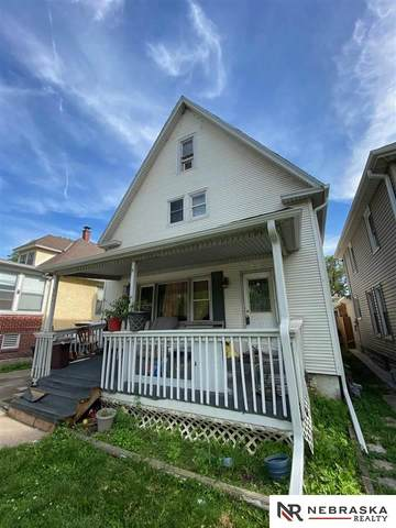 2621 D Street, Omaha, NE 68107 (MLS #22112123) :: Omaha Real Estate Group