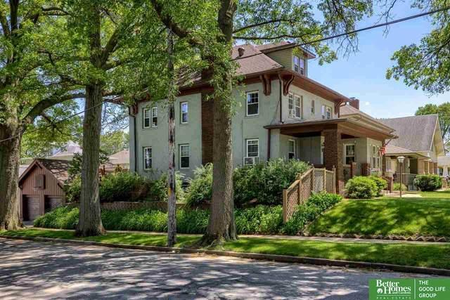 1301 S 36 Street, Omaha, NE 68105 (MLS #22112177) :: Don Peterson & Associates