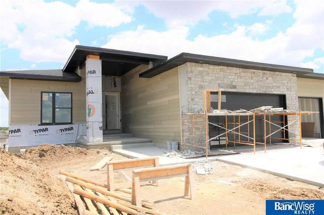 940 N 106th Street, Lincoln, NE 68527 (MLS #22112214) :: Dodge County Realty Group