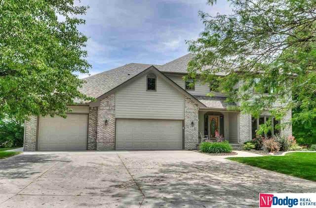 8525 S 97 Circle, La Vista, NE 68128 (MLS #22112250) :: Berkshire Hathaway Ambassador Real Estate