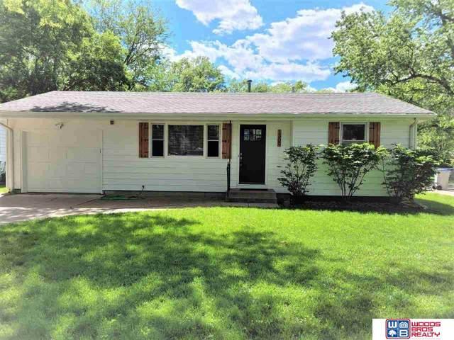 1309 Sunrise Drive, Seward, NE 68434 (MLS #22112294) :: kwELITE