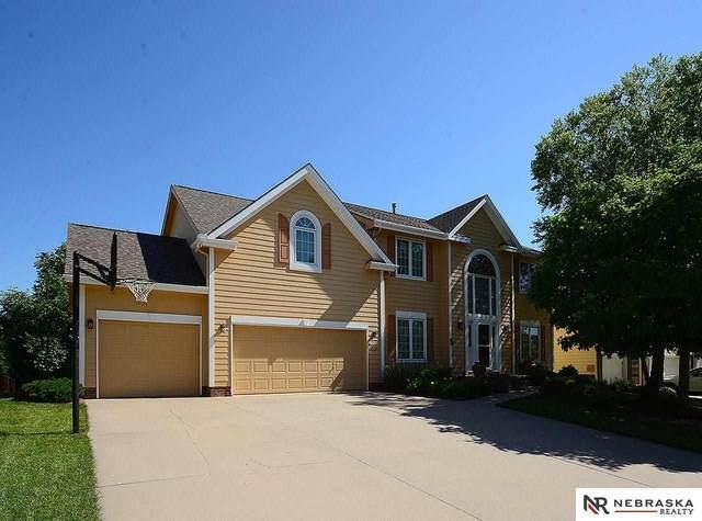15116 Newport Avenue, Omaha, NE 68116 (MLS #22112320) :: kwELITE