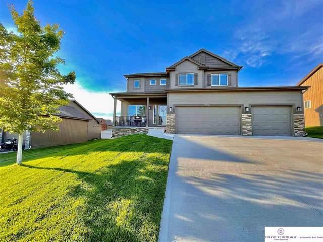 18810 Willow Street, Omaha, NE 68136 (MLS #22112338) :: Berkshire Hathaway Ambassador Real Estate