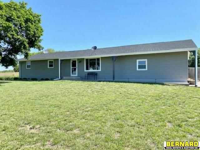 6895 K Road, Nebraska City, NE 68410 (MLS #22112348) :: kwELITE