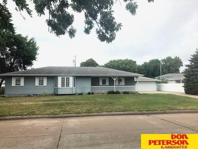 1420 W 8th Street, Fremont, NE 68025 (MLS #22112390) :: Don Peterson & Associates