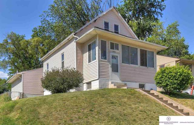 3626 Grover Street, Omaha, NE 68105 (MLS #22112405) :: Elevation Real Estate Group at NP Dodge