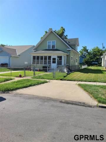 2615 Blondo Street, Omaha, NE 68111 (MLS #22112413) :: Lincoln Select Real Estate Group