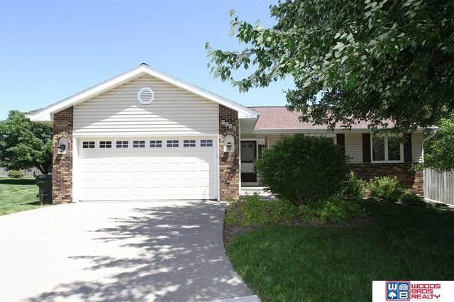 5232 W Chadderton Circle, Lincoln, NE 68521 (MLS #22112440) :: Complete Real Estate Group