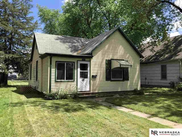 240 N Platte Avenue, Fremont, NE 68025 (MLS #22112464) :: kwELITE
