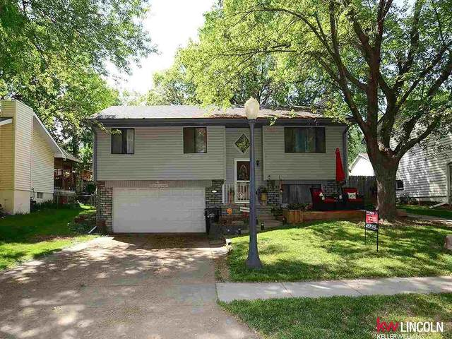 6127 NW 5th Street, Lincoln, NE 68521 (MLS #22112544) :: Catalyst Real Estate Group