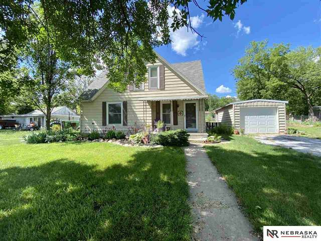 450 Cottonwood Street, Bennet, NE 68317 (MLS #22112559) :: kwELITE