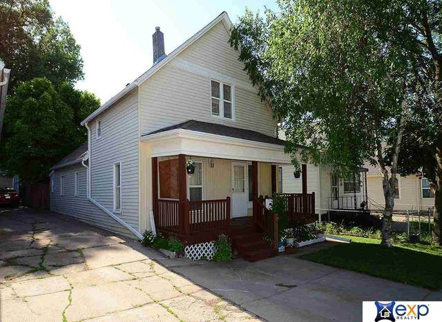 1933 S 18th Street, Omaha, NE 68108 (MLS #22112607) :: kwELITE