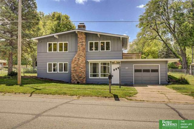 8103 Templeton Drive, Omaha, NE 68134 (MLS #22112616) :: Don Peterson & Associates