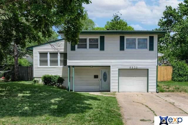 6630 Laurel Avenue, Omaha, NE 68104 (MLS #22112673) :: kwELITE