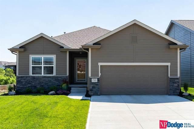 7523 N 175 Street, Bennington, NE 68007 (MLS #22112791) :: Complete Real Estate Group
