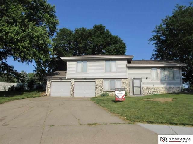 10805 T Street, Omaha, NE 68137 (MLS #22112845) :: kwELITE