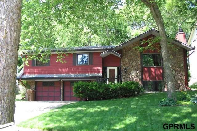 11808 Hunter's Cove, Bellevue, NE 68123 (MLS #22112867) :: Capital City Realty Group
