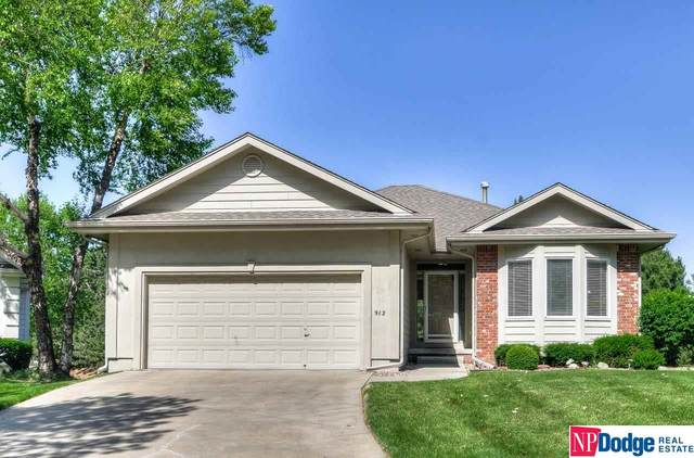 912 S 177 Circle, Omaha, NE 68118 (MLS #22112876) :: Complete Real Estate Group