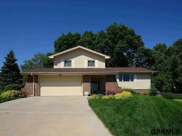 15104 Eureux Circle, Bellevue, NE 68123 (MLS #22112896) :: Berkshire Hathaway Ambassador Real Estate