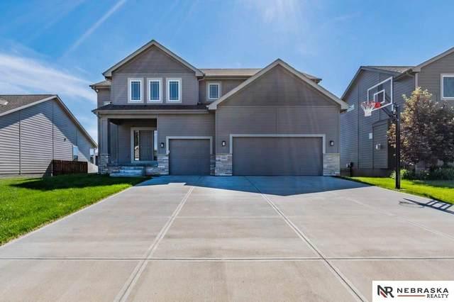 10401 N 152nd Avenue, Bennington, NE 68007 (MLS #22112936) :: Capital City Realty Group