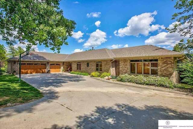 10405 N 132 Street, Omaha, NE 68142 (MLS #22112941) :: Omaha Real Estate Group