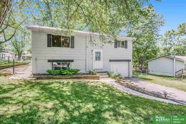 9711 Larimore Avenue, Omaha, NE 68134 (MLS #22112957) :: Capital City Realty Group