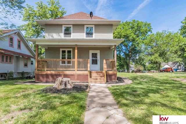 4520 N 38th Street, Omaha, NE 68111 (MLS #22112998) :: Don Peterson & Associates