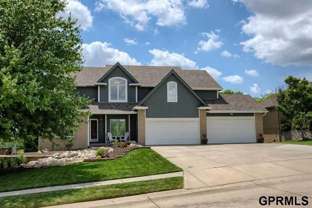 2320 S 186th Circle, Omaha, NE 68130 (MLS #22113001) :: Berkshire Hathaway Ambassador Real Estate