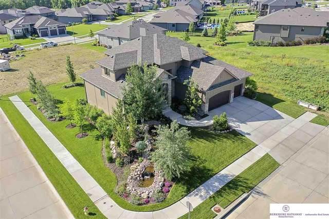2001 S 211 Street, Elkhorn, NE 68022 (MLS #22113012) :: Berkshire Hathaway Ambassador Real Estate