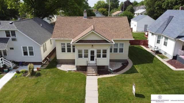 4823 Erskine Street, Omaha, NE 68104 (MLS #22113014) :: Don Peterson & Associates