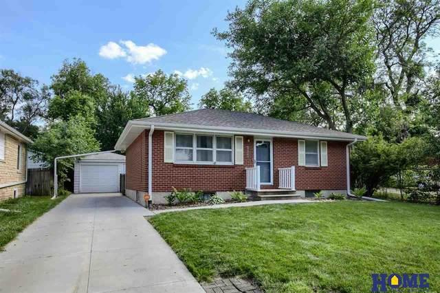 3425 X Street, Lincoln, NE 68503 (MLS #22113016) :: Berkshire Hathaway Ambassador Real Estate