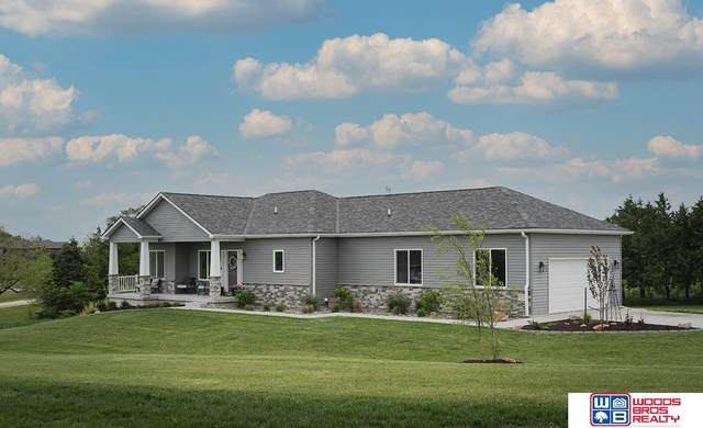 17333 Red Sunset Court, Bennet, NE 68317 (MLS #22113057) :: Capital City Realty Group