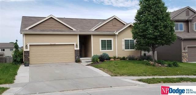7821 S 190 Avenue, Omaha, NE 68136 (MLS #22113074) :: Capital City Realty Group