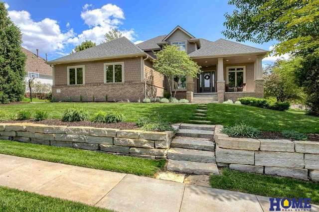 8625 Oakmont Drive, Lincoln, NE 68526 (MLS #22113110) :: Berkshire Hathaway Ambassador Real Estate
