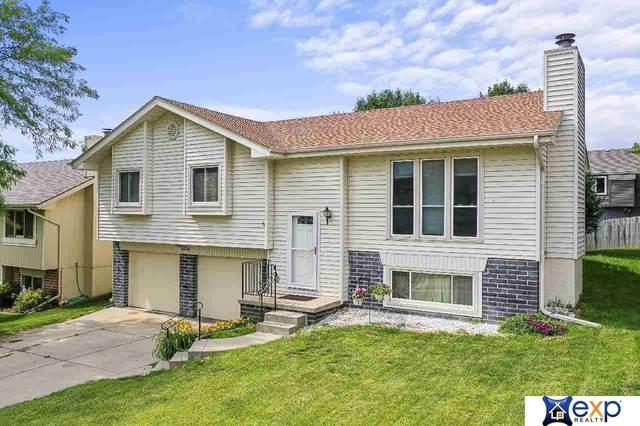 8054 Redick Avenue, Omaha, NE 68122 (MLS #22113112) :: Complete Real Estate Group
